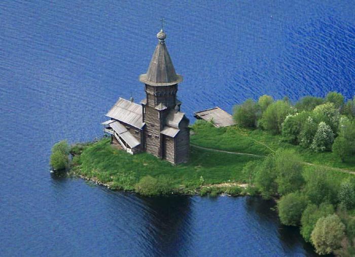 Успенская церковь в Кондопоге.
