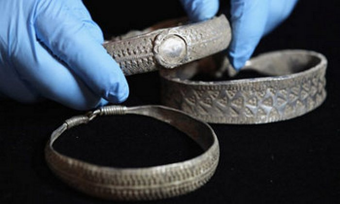 Серебро из клада викингов.