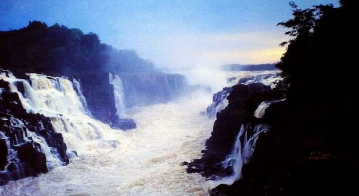 Водопад Гуайра.