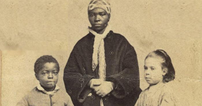 Когда родился рабом.