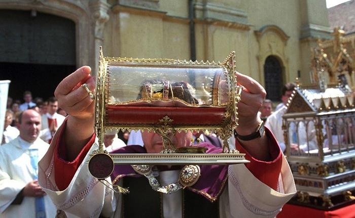 10 самых таинственных религиозных артефактов, которые ставят в тупик
