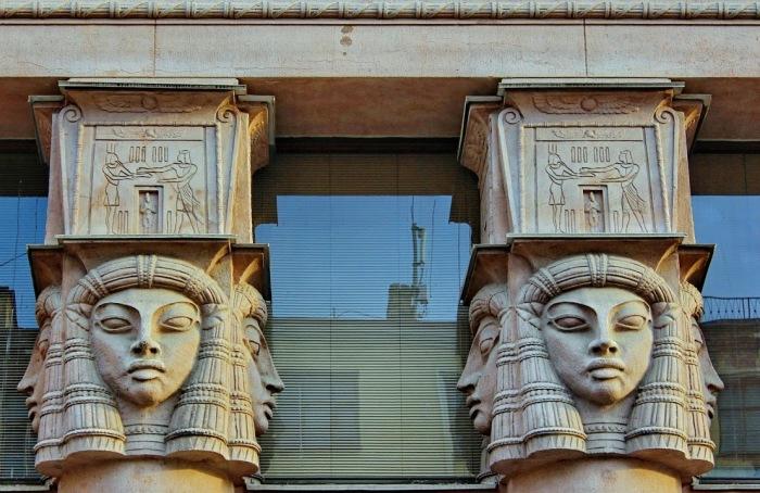Колонны «Египетского дома».