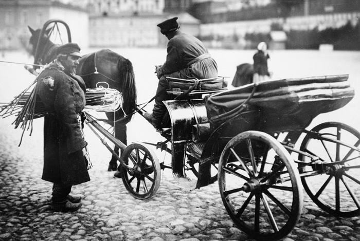Как в Российской империи устанавливали правила дорожного движения.