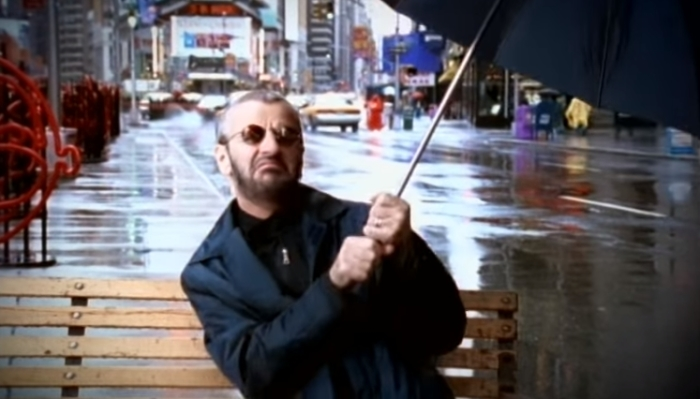 Ринго Старр – барабанщик легендарной группы The Beatles.