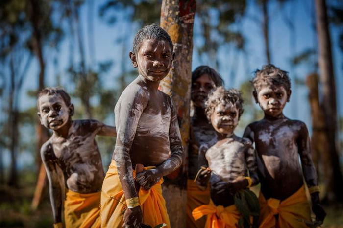 Ох, как это непросто быть аборигеном.