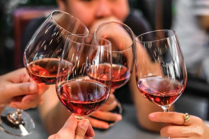 Хорошее вино как составляющая средиземноморского рациона.