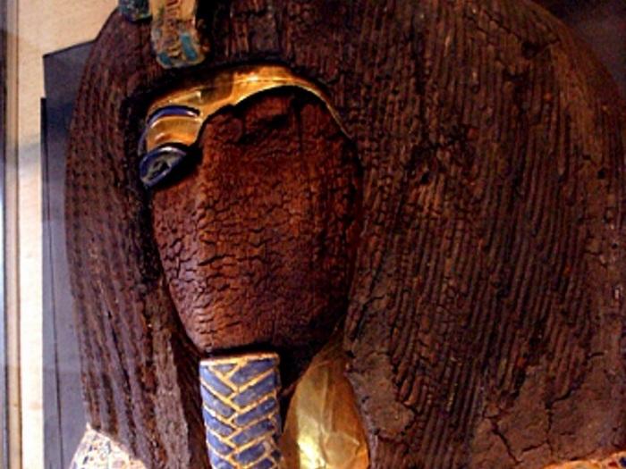 Мумия из таинственной гробницы.