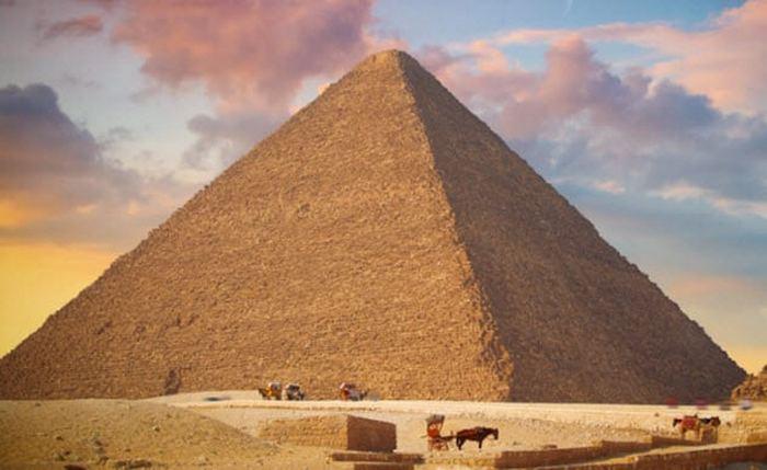 Электромагнитная пирамида Гизы.