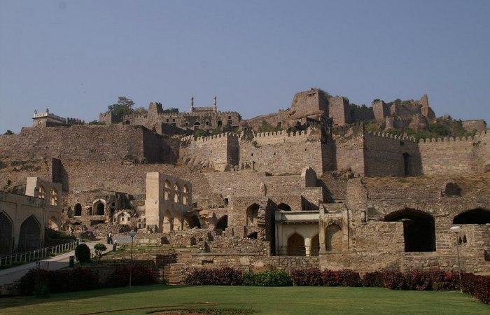 Индийская крепость Голконда.