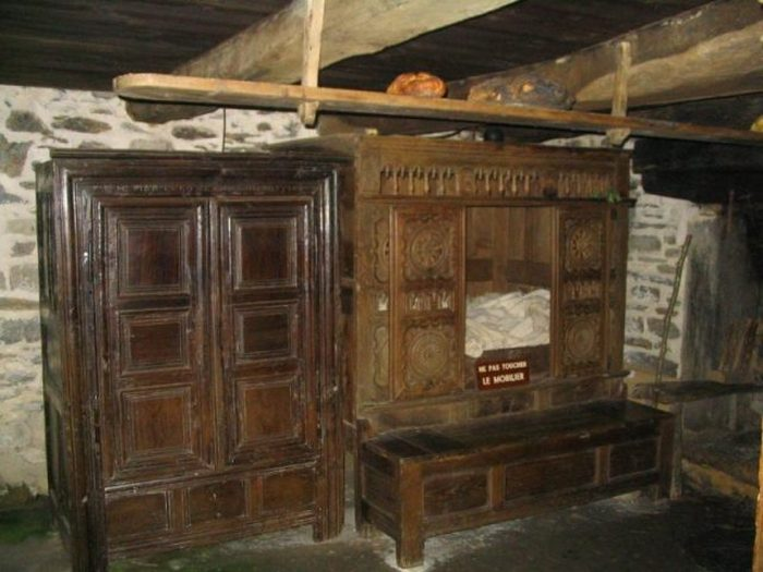 Закрытая кровать в Финистере (Франция)