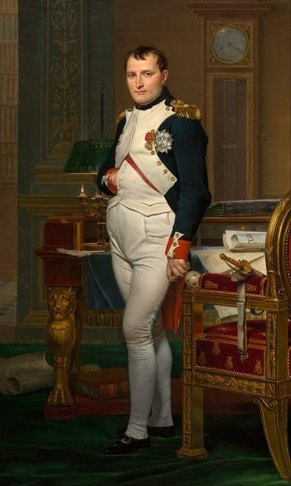 Портрет 40-летнего Наполеона в бело-синем мундире