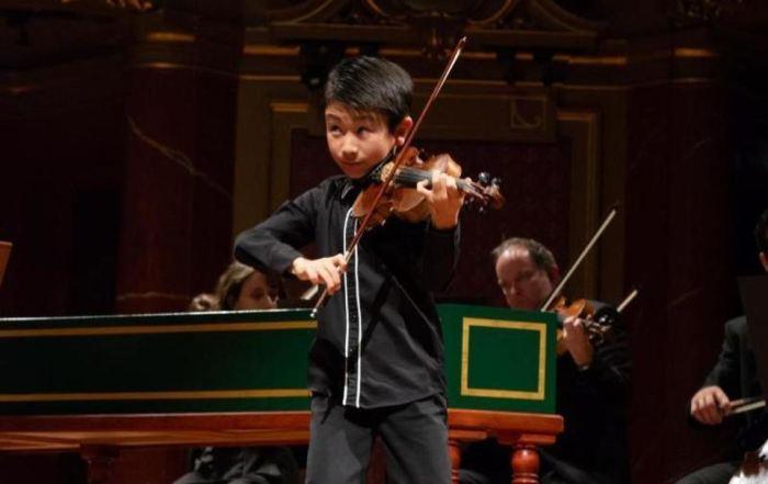 Христиан Ли - победитель конкурса молодых скрипачей в 2018 году в Женеве.