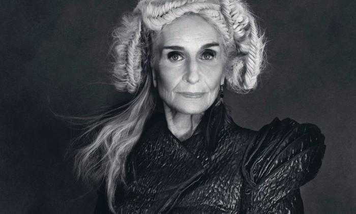 Дафна Селф - старейшая профессиональная модель.