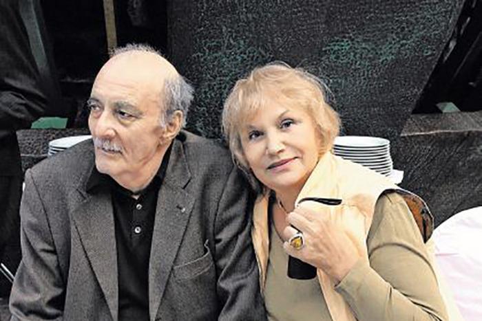 Георгий Данелия с женой Галиной Юрковой.
