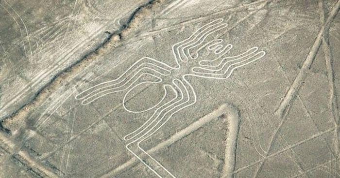 Недавно в пустыне Наска в Перу было найдено более 50 новых изображений.