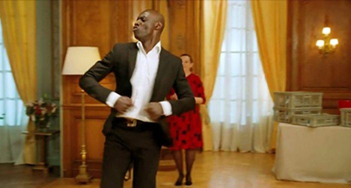 Зажигательный танец Дриса из французской комедийной драмы «1+1».