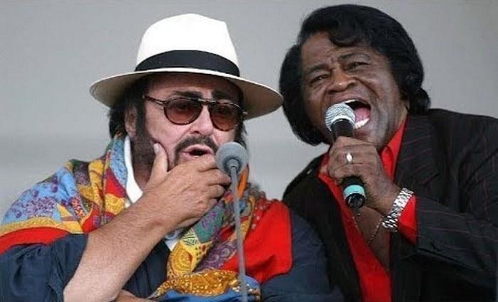 Восхитительный дуэт Лучано Паваротти и Джемса Брауна.
