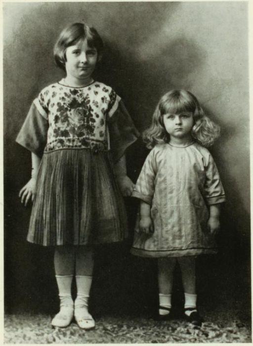Дети Айседоры - дочь Дейдре  и сын Патрик.