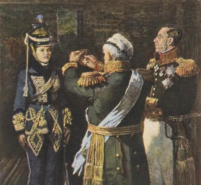 Александро Андреевич Александров получает награду от Кутузова.