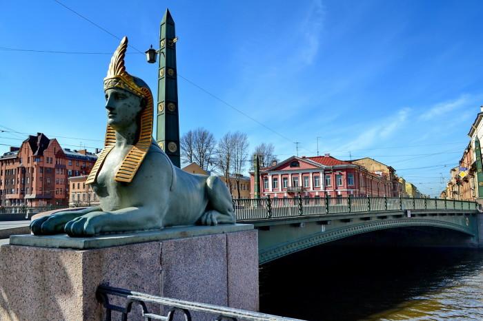 Египетский мост в Санкт-Петербурге.