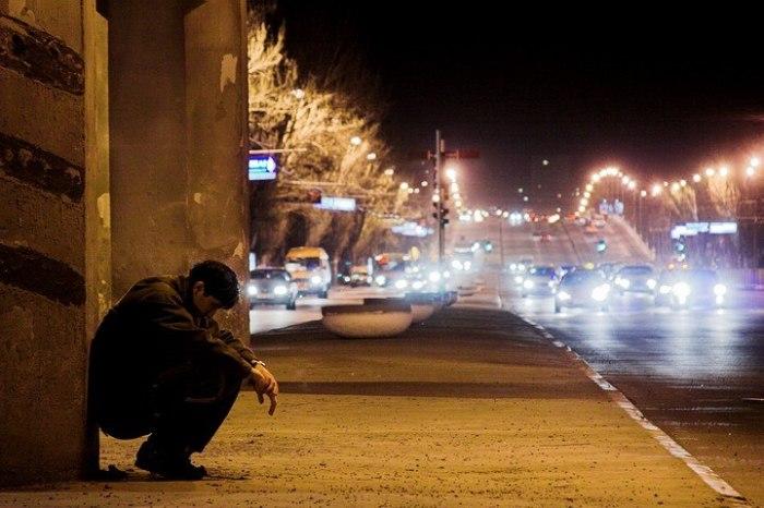 Одиночество в новой стране.