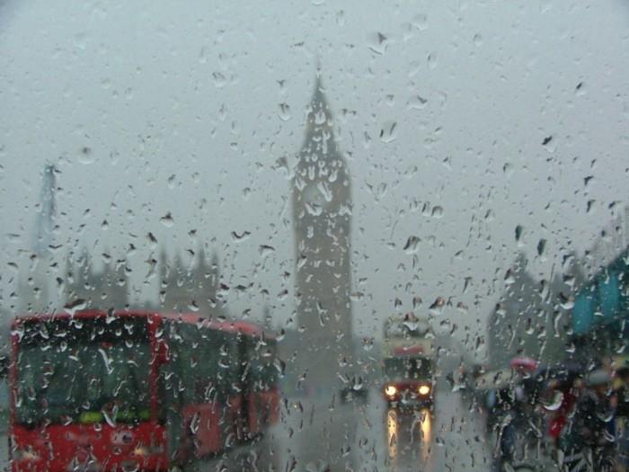 Я уеду жить в Лондон.