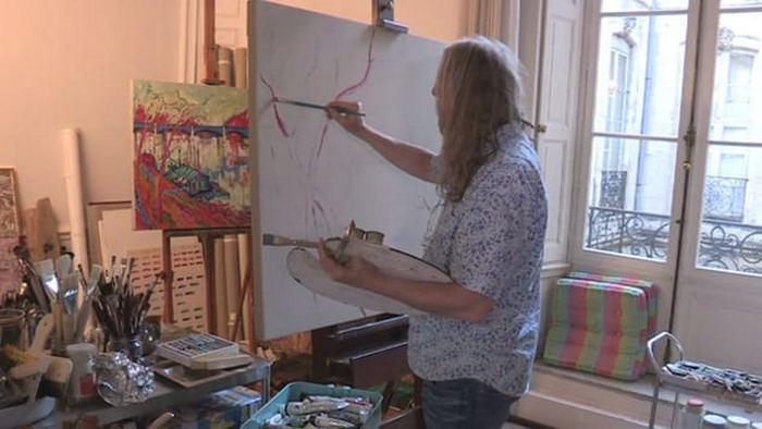Автор неизвестных картин известных художников.