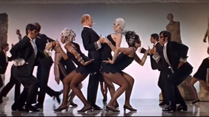 Кадр из фильма «Нежная Чарити»