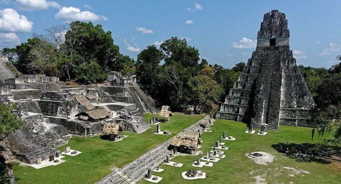 В Гватемале нашли затерянный город индейцев майя с богатыми дворцами и дамбами