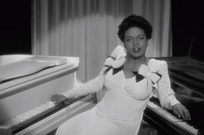 Чёрно-белая музыка: Хейзел Скотт одна играет сразу на двух роялях