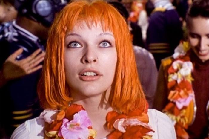 Милла Йовович в роли инопланетянки Лилу.