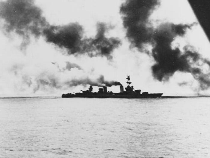 Сражение произошло также на море