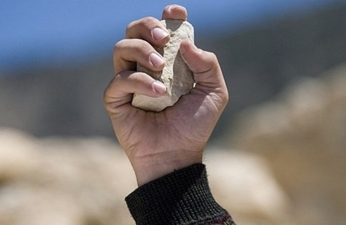 Притча о неуслышанной просьбе и камне.