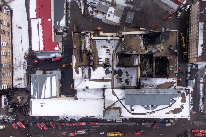 Последствия пожара в ТЦ Зимняя вишня.