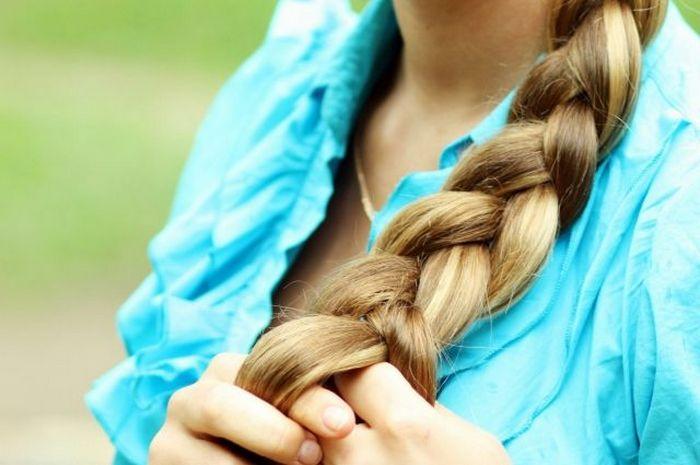 Зачем русские девушки заплетали волосы, когда косу расплетали и кому обрезали.