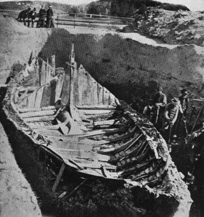 Раскопки корабля викингов, курган Гокстад, 1880.