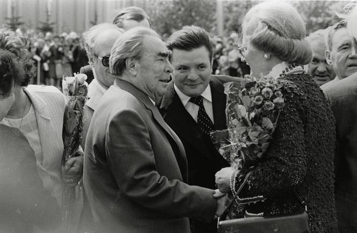 Леонид Брежнев и Маргарет Тэтчер.