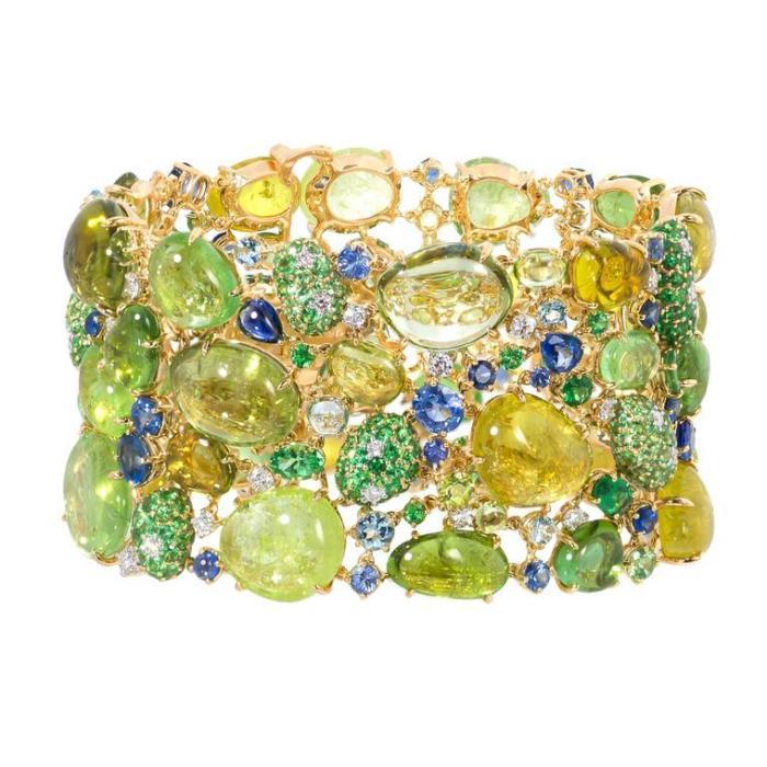Марго МакКинни Параиба, турмалин и бесчисленное множество драгоценных камней ($ 95 000).