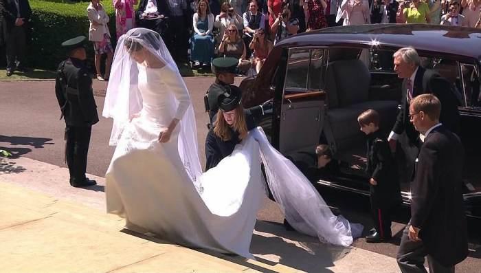 Дизайнер Клеар Уайт Келлер из Givenchy была рядом с невестой на протяжении всей церемонии.