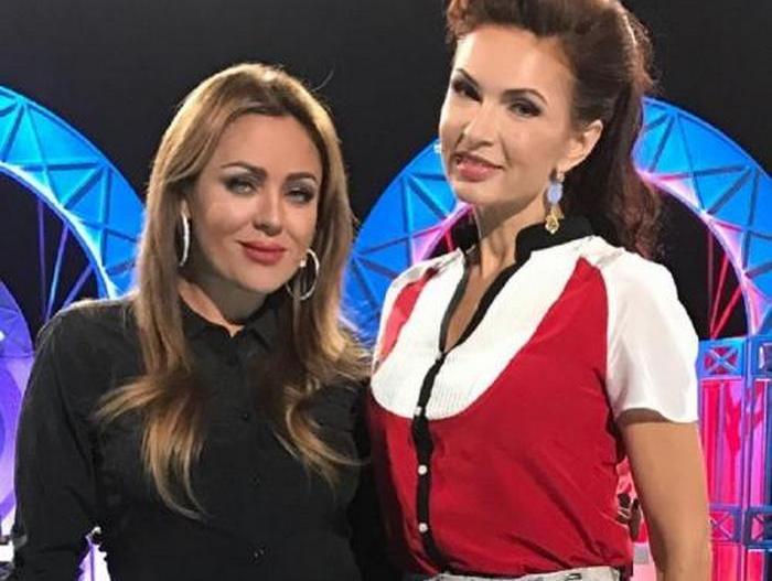 Эвелина Бледанс и Юлия Началова.