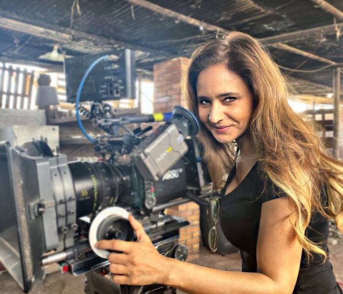 Нелли Карим на съёмочной площадке.