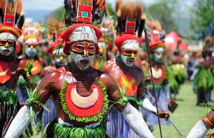 Жители острова Новая Гвинея.
