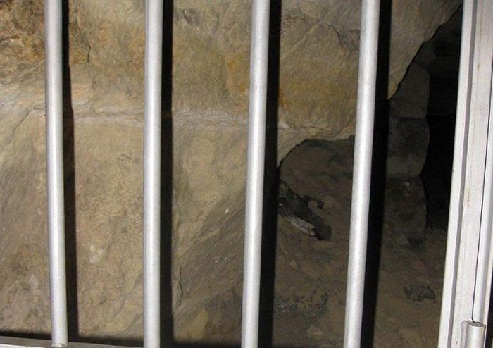В катакомбах намного больше туннелей, чем показывают экскурсантам.