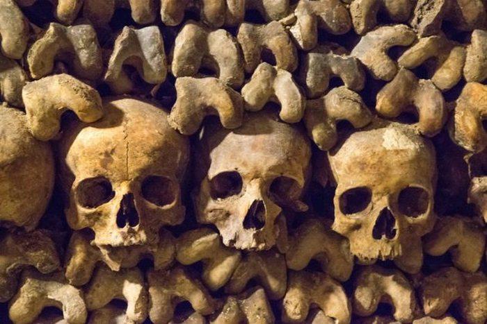 Катакомбы как альтернатива традиционному кладбищу.