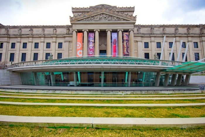 Бруклинский музей - жертва подделок.