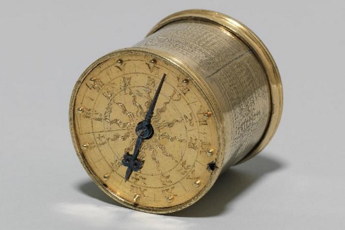 Карманные часы Хенляйна.