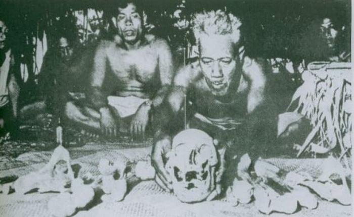 Ритуал «погребальных черепов».