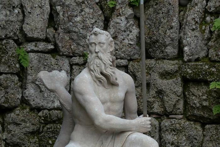 Ах, сколько было приличных богов!
