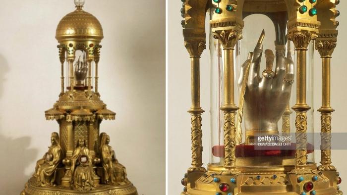 Рука святой Терезы.