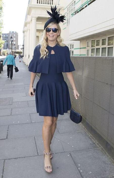 Ex-namorada do príncipe Harry Chelsea Davy, com quem tem 7 anos, a caminho do casamento.